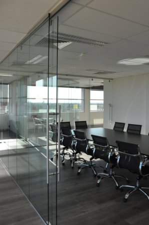 Frameless Office Fit-out